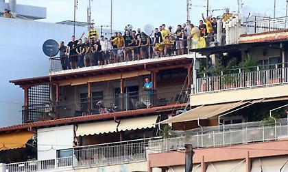 Φίσκα τα… μπαλκόνια γύρω από το «Κλ. Βικελίδης» (pics)