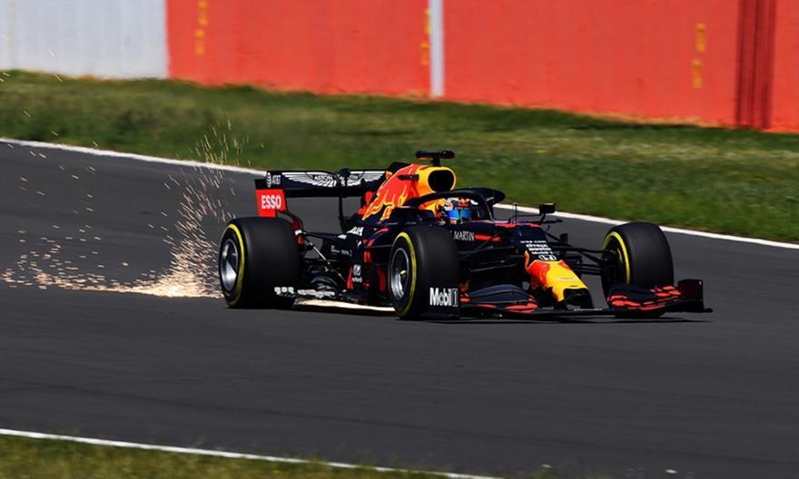 Red Bull: Με το καινούργιο μονοθέσιο ο Άλμπον στο Σίλβερστοουν