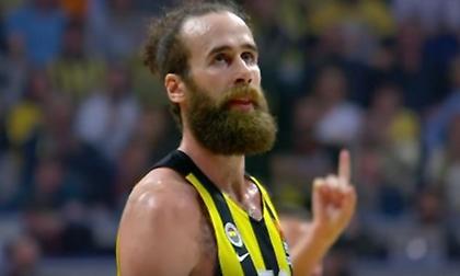 Gazzetta dello Sport: «Υπέγραψε στην Αρμάνι ο Ντατόμε»