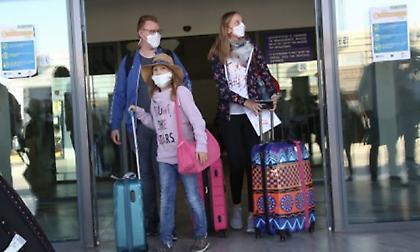Έντεκα θετικά κρούσματα κορωνοϊού σε ταξιδιώτες τα τελευταία 24ωρα
