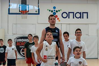 Εurohoops Academy Summer Camp: Παιχνίδι και εξέλιξη παρέα με τους Παπαλουκά και Αγραβάνη