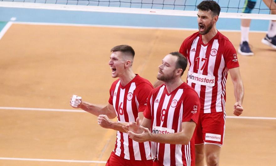 Πανηγυρική πρόκριση στον τελικό ο Ολυμπιακός