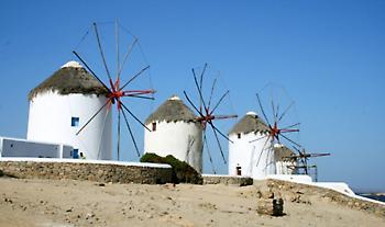 Συμφωνία Ελλάδας-Αιγύπτου για τον τουρισμό