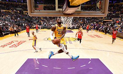 NBA: Όσα παίρνει ο «ανεμόμυλος» (vid)
