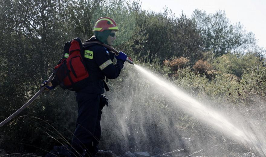 Σε ποιες περιοχές είναι πολύ υψηλός ο κίνδυνος πυρκαγιάς την Δευτέρα