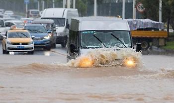 Κίνα: Τουλάχιστον 140 νεκροί ή αγνοούμενοι από πλημμύρες - H Ουχάν απειλείται