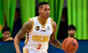 Κίνα: Πρώην NBAερ σκόραρε 74 πόντους! (photo)