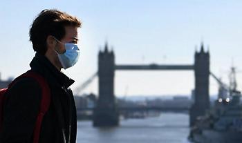 Βρετανία: Υποχρεωτική χρήση μάσκας στα καταστήματα από τις 24 Ιουλίου