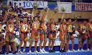 Λιθουανία 1992: Οι χάλκινοι σκελετοί που ενέπνευσαν ολόκληρο τον πλανήτη