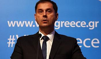 Θεοχάρης στο Sky News: «Ανοησίες» τα περί νέου lockdown στην Ελλάδα