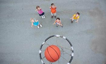 Έρευνα για τη βία με θύματα παιδιά σε αθλητικούς χώρους