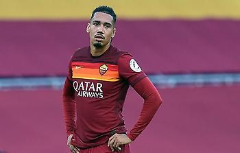 Πίσω στο Μάντσεστερ ο Σμόλινγκ, δεν παίζει με Ρόμα στο Europa League