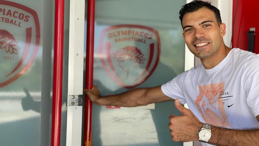 Σλούκας: «Να κάνουμε το αδύνατο ξανά δυνατό-Δικαιωμένος ο Ολυμπιακός από την αποχώρησή του»