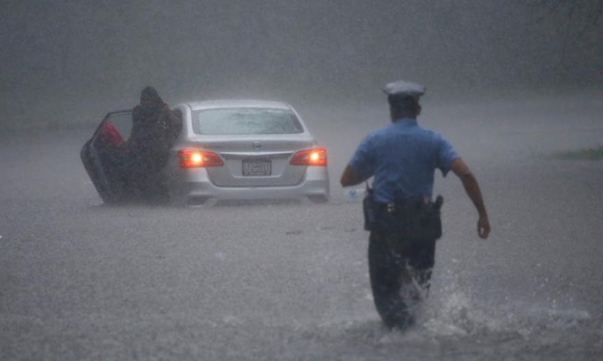 Σαρώνει τις βορειοανατολικές ακτές των ΗΠΑ η τροπική καταιγίδα Ησαΐας