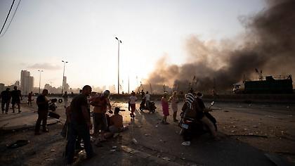Εικόνες πολέμου στη Βηρυτό: Γέμισαν τα νοσοκομεία- Εκατοντάδες παγιδευμένοι στα ερείπια (pic+vid)