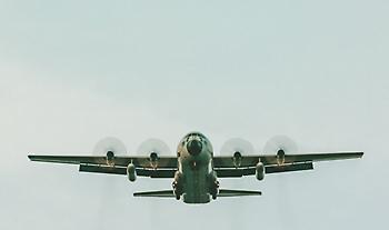 Συνδρομή Ελλάδας στην Βηρυτό: C-130 μεταφέρει 12μελές κλιμάκιο της ΕΜΑΚ και διασωστικό σκύλο