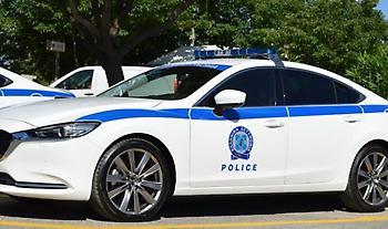 Περιπετειώδης καταδίωξη με τρεις τραυματίες αστυνομικούς από την Δάφνη στο Μενίδι