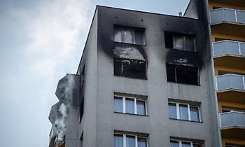 Τσεχία: 11 νεκροί, μεταξύ αυτών τρία παιδιά, σε πυρκαγιά σε πολυκατοικία