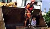 ΕΜΑΚ - Εύβοια: Στα όρια της ανθρώπινης αντοχής - Συγκλονιστικές φωτό από διασώσεις