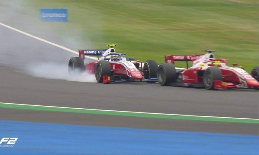 F2: Τρομερή γκάφα από τους οδηγούς της Ferrari Academy!