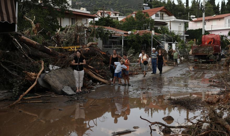 Τα πρώτα μέτρα στήριξης για τους Δήμους της Εύβοιας που επλήγησαν από τη θεομηνία