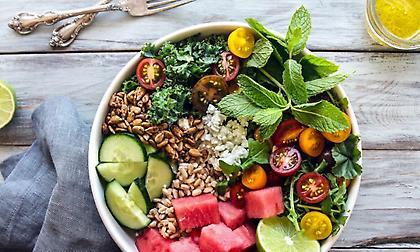 Οι λύσεις για ελαφριά διατροφή το καλοκαίρι χωρίς… πείνα