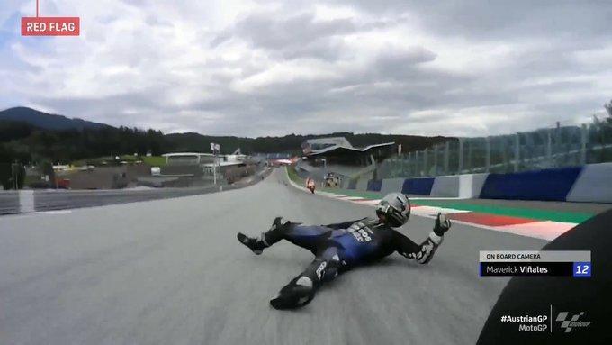 Ατύχημα στο Moto GP της Αυστρίας, τυχερός ο Βινιάλες (video)