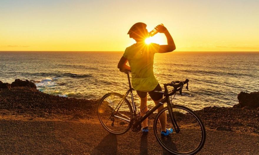 Πώς πρέπει να χρησιμοποιούν το αντιηλιακό όσοι κάνουν ποδήλατο