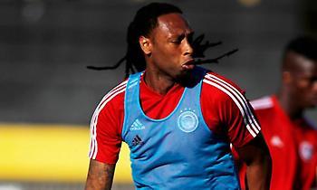 A Bola: «Προσωρινή διακοπή διαπραγματεύσεων του Ολυμπιακού με Μπενφίκα για Σεμέδο»