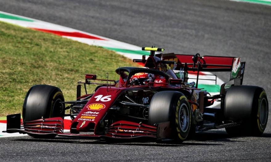 Τα επετειακά κράνη της Ferrari (video)