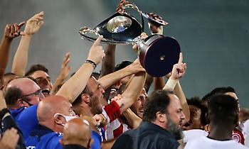 Νικολακόπουλος: «Θα έπρεπε να νικήσει με μεγάλο σκορ ο Ολυμπιακός για την καζούρα»