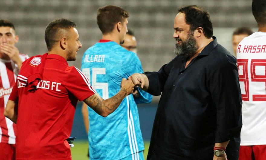 Μαρινάκης σε παίκτες: «Πρέπει να είμαστε ενωμένοι, ξεκινήστε δυνατά τη σεζόν»