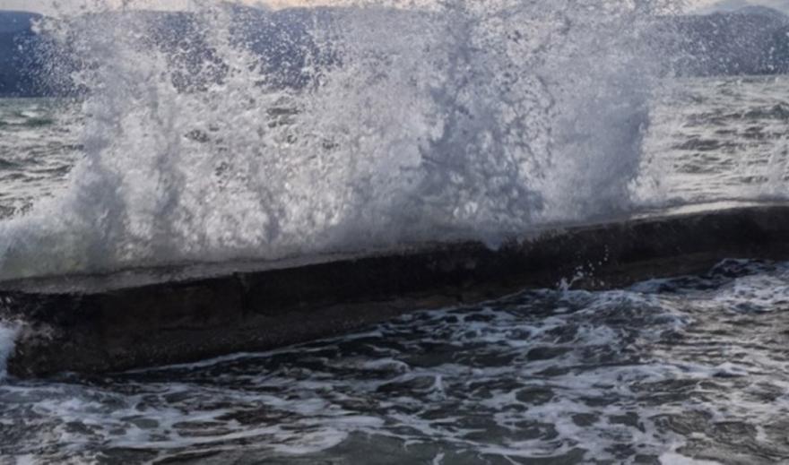 Κυκλώνας Ιανός: Βυθίστηκαν σκάφη σε Ζάκυνθο και Λευκάδα