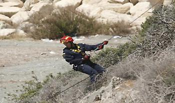 Νεκρή στην Αχαΐα: Γυναίκα έπεσε με το αυτοκίνητό της σε χαράδρα