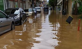 Μετρά πληγές από τον Ιανό η Καρδίτσα: 5.000 σπίτια πλημμύρισαν και 15 γέφυρες κατέρρευσαν