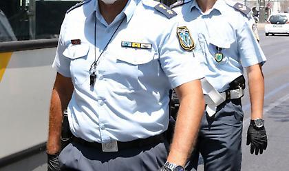 Τι αλλάζει στα εργασιακά των αστυνομικών - Οι ανακοινώσεις Χρυσοχοΐδη