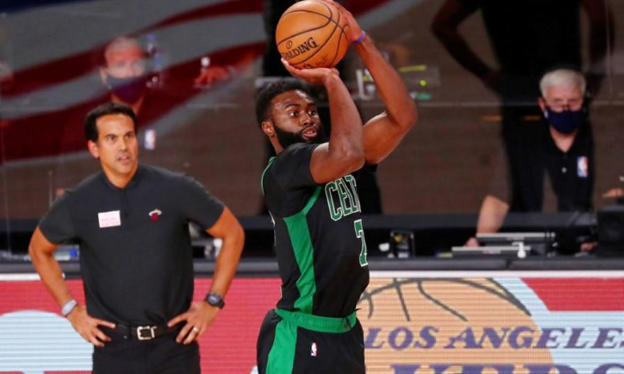 «Διπλός» Μπράουν έπιασε κορυφή στο Top-5 του NBA