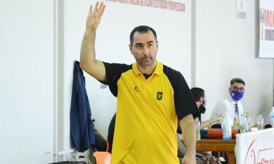 Καμπερίδης: «Έχουμε πολύ δρόμο μπροστά μας, η ομάδα είναι ανέτοιμη»