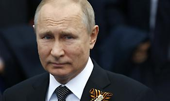 Ο Πούτιν προτίθεται να κάνει το εμβόλιο κατά του κορωνοϊού