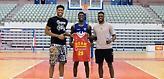 Γιάννης Αντετοκούνμπο: «Μας χαιρετούν στη Μούρθια λόγω του Άλεξ, όχι γιατί είμαστε NBAers»