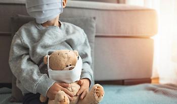 Η λοίμωξη του κορωνοϊού στα παιδιά – Τι να προσέχουν οι γονείς