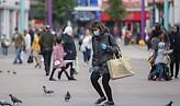 Ευρεία διασπορά αλλά μείωση ρυθμού μετάδοσης του κορωνοϊού στην Αγγλία