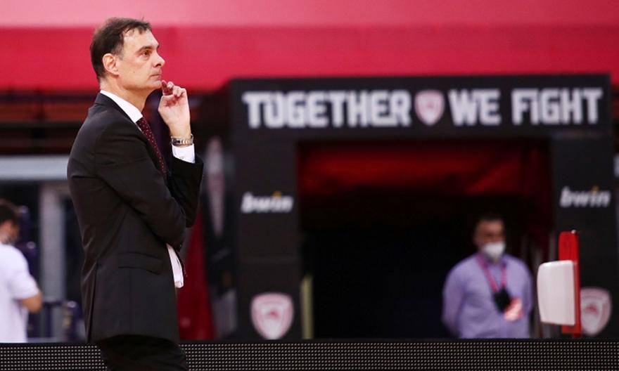 Μπαρτζώκας: «Κάναμε ό,τι ήταν δυνατό για να χάσουμε το ματς»