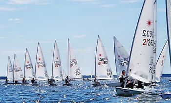Ιστιοπλοΐα: Η ελληνική αποστολή στο ευρωπαϊκό πρωτάθλημα Λέιζερ Στάνταρντ και Ράντιαλ της Πολωνίας