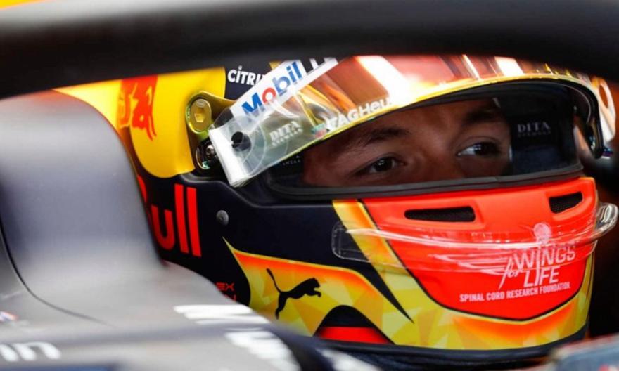 F1: Πιο κοντά στη Mercedes η Red Bull σύμφωνα με τον Άλμπον