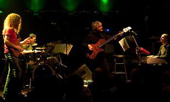 Οι νέες ημερομηνίες των συναυλιών των Guthrie Govan και Yiorgos Fakanas Group