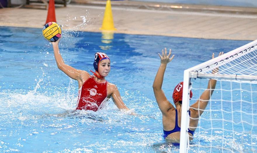 Πόλο γυναικών: ΝΕ Πατρών-Ολυμπιακός 21-7