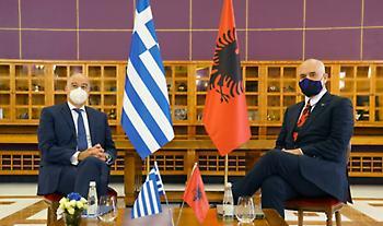Συμφωνία Ελλάδας - Αλβανίας: Πάνε στη Χάγη για τις θαλάσσιες ζώνες