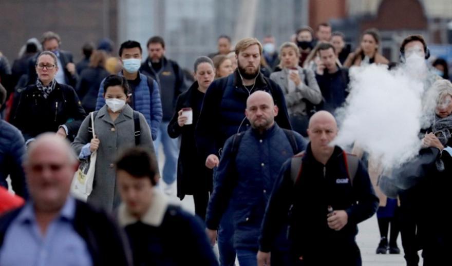 Κορωνοϊός - Βρετανία: Ανησυχητικά ημερήσια στοιχεία για κρούσματα και