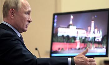 Πούτιν: «Νιετ» σε καραντίνα στη Ρωσία – Στα 100 δισ. δολάρια ο τζίρος του ρωσικού εμβολίου!